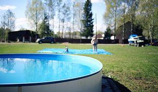 Baseny sezonowe stały się popularne dzięki łatwości montażu i demontażu. Oferta rynkowa jest tu bardzo szeroka pod względem konstrukcji, jak i wielkości basenu.