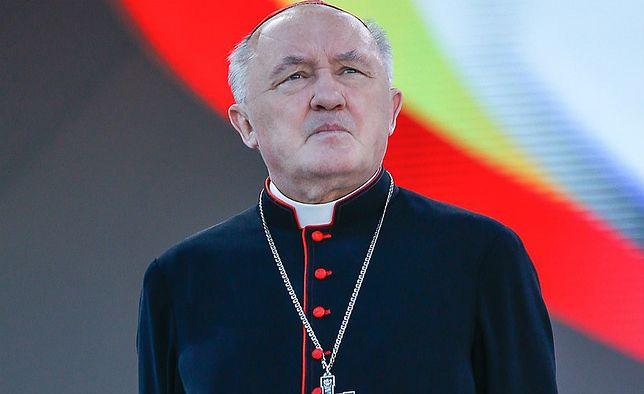 """Kardynał Nycz obejrzał """"Tylko nie mów nikomu"""" braci Sekielskich"""