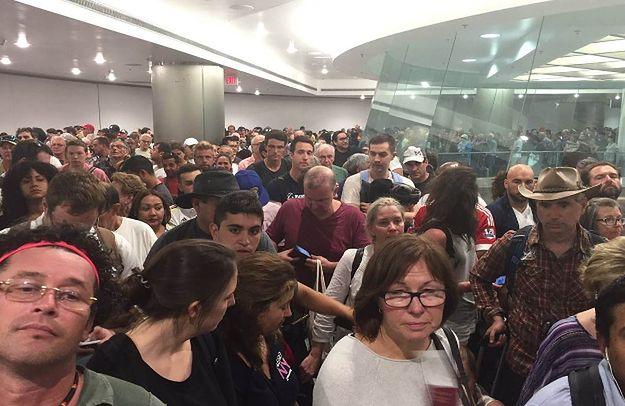 USA: olbrzymie kolejki w wyniku awarii systemu kontroli pasażerów na lotniskach