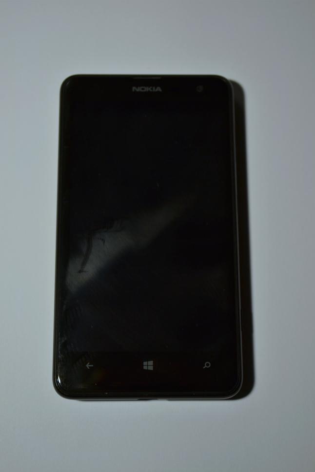 Lumia 625 - widok z przodu