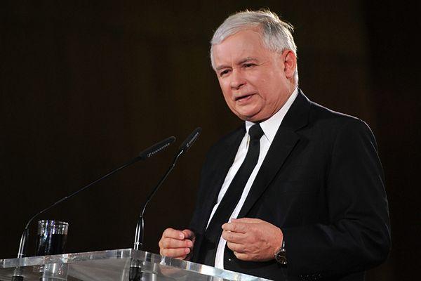 """Prezes PiS: bawi mnie okrzyk """"precz z dyktatorem"""""""