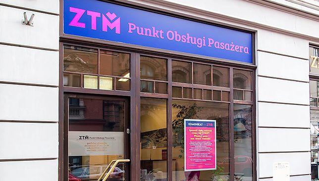 Śląskie. Do dyspozycji pasażerów komunikacji ZTM pozostaje około 800 stacjonarnych Punktów Obsługi Pasażera.