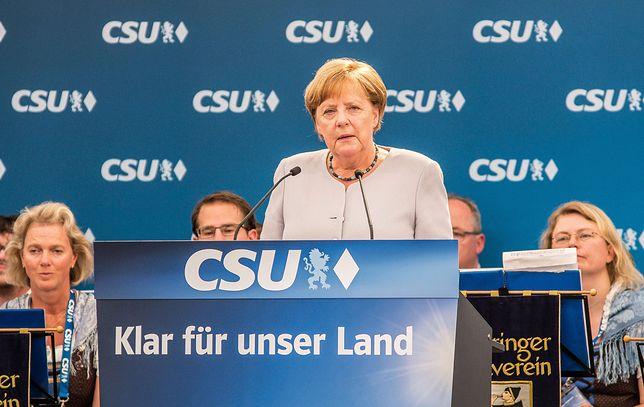 Angela Merkel podczas przemówienia wyborczego w namiocie piwnym w Monachium