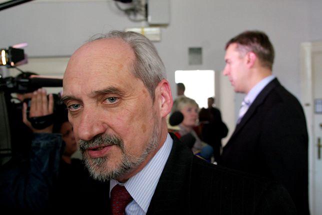 Antoni Macierewicz i Roman Giertych w 2005 roku