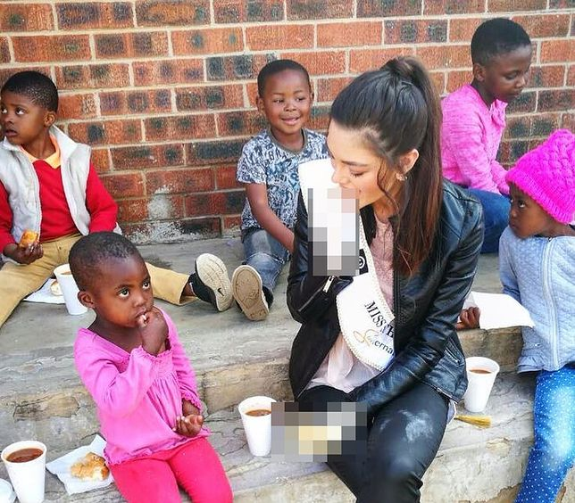 Pomoc sierotom czy zwykły rasizm? To jedno zdjęcie miss RPA wywołało falę krytyki