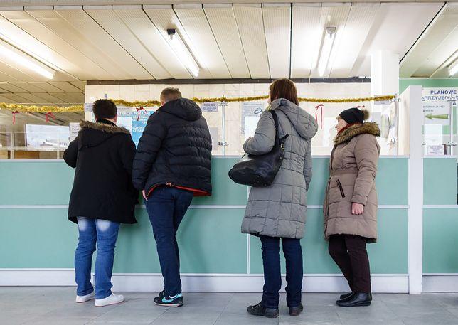 W przyszłym roku kolejki kolejki do szpitali z kontraktem z NFZ mogą się wydłużyć.