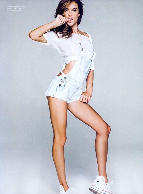 Alessandra Ambrosio i sposób na jeans