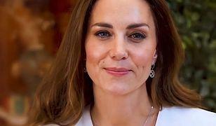 Księżna Kate znów zadała szyku. Gdzieś już jednak widzieliśmy tę sukienkę