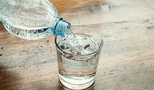 Zatruta woda we Wrześni. Inspektor ostrzega przed spożyciem