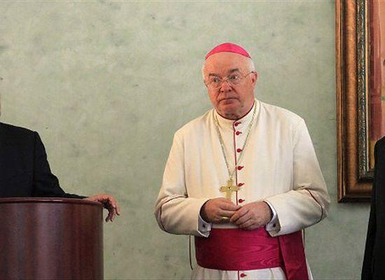 Prasa: prokuratura na Dominikanie chce nakazu aresztowania abp. Józefa Wesołowskiego