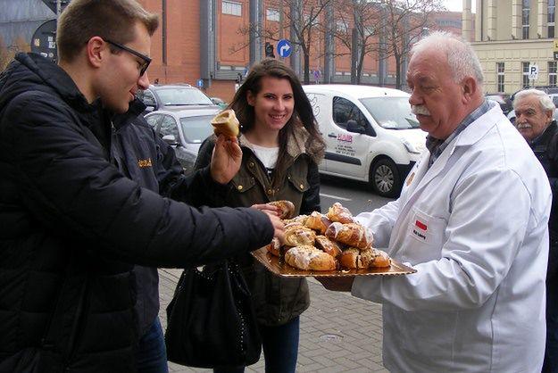 Poznań przed wielkim jedzeniem rogali świętomarcińskich