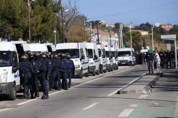 Strzelanina w Marsylii. Napastnicy otworzyli ogień do policji