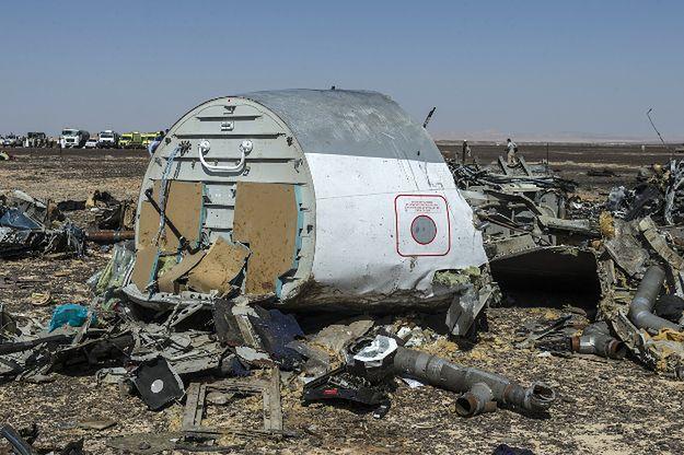 Szczątki samolotu, który rozbił się na Synaju
