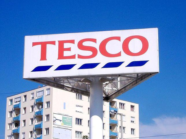 Tesco Wrocław: alarm bombowy w supermarkecie Tesco. Ewakuowano
