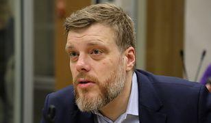 """Adrian Zandberg ostro o Oldze Tokarczuk. """"Powinna zapłacić podatek od Nagrody Nobla"""""""