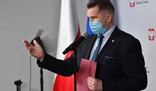 Burza po słowach Przemysława Czarnka o UE. Jarosław Sellin tłumaczy