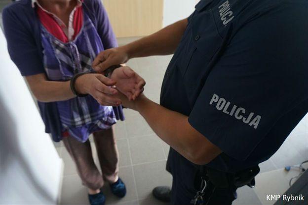 Próbowała zabić konkubenta. Zatrzymała ją policja z Rybnika, trafiła do aresztu