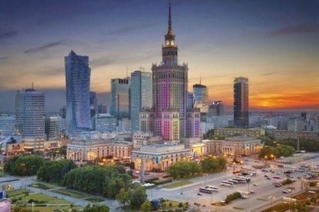 Sesja Rady Warszawy. Miasto zmienia swoje finanse, chce szybszej budowy metra