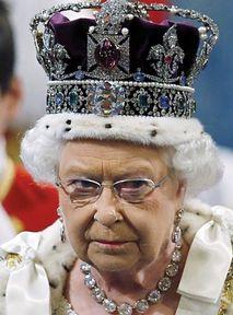 """Netflix nie przyzna, że """"The Crown"""" to fikcja"""