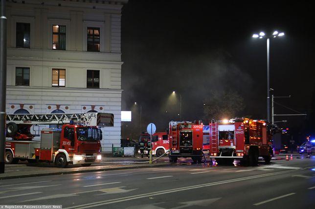 Wrocław. Pożar Dworca Świebodzkiego. Były wybuchy, 1 osoba nie żyje, są ranni