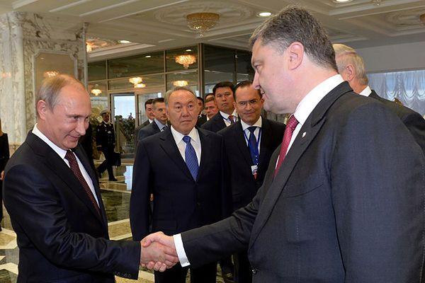 Zakończyło się spotkanie Petra Poroszenki i Władimira Putina w Mińsku