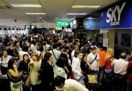 Na lotnisku dowiedzieli się o bankructwie linii lotniczych
