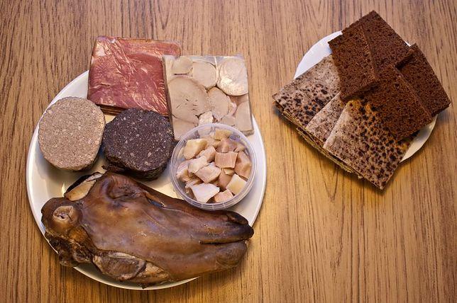 Thorri - zgniłe mięso rekina, baranie jądra i mózg owcy