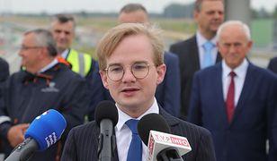 Piotr Patkowski. Nowy wiceminister finansów zarobił więcej niż premier