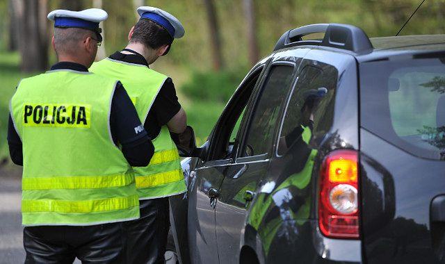 Czy posła można ukarać mandatem za wykroczenie drogowe?