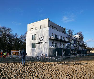 """Prezydent Sopotu wypowiedział umowę władzom klubu. """"Wykorzystywano tu nieletnich"""""""