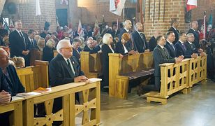 W momencie, gdy zapowiedziano wystąpienie Andrzeja Dudy, Lech Wałęsa wyszedł z kościoła