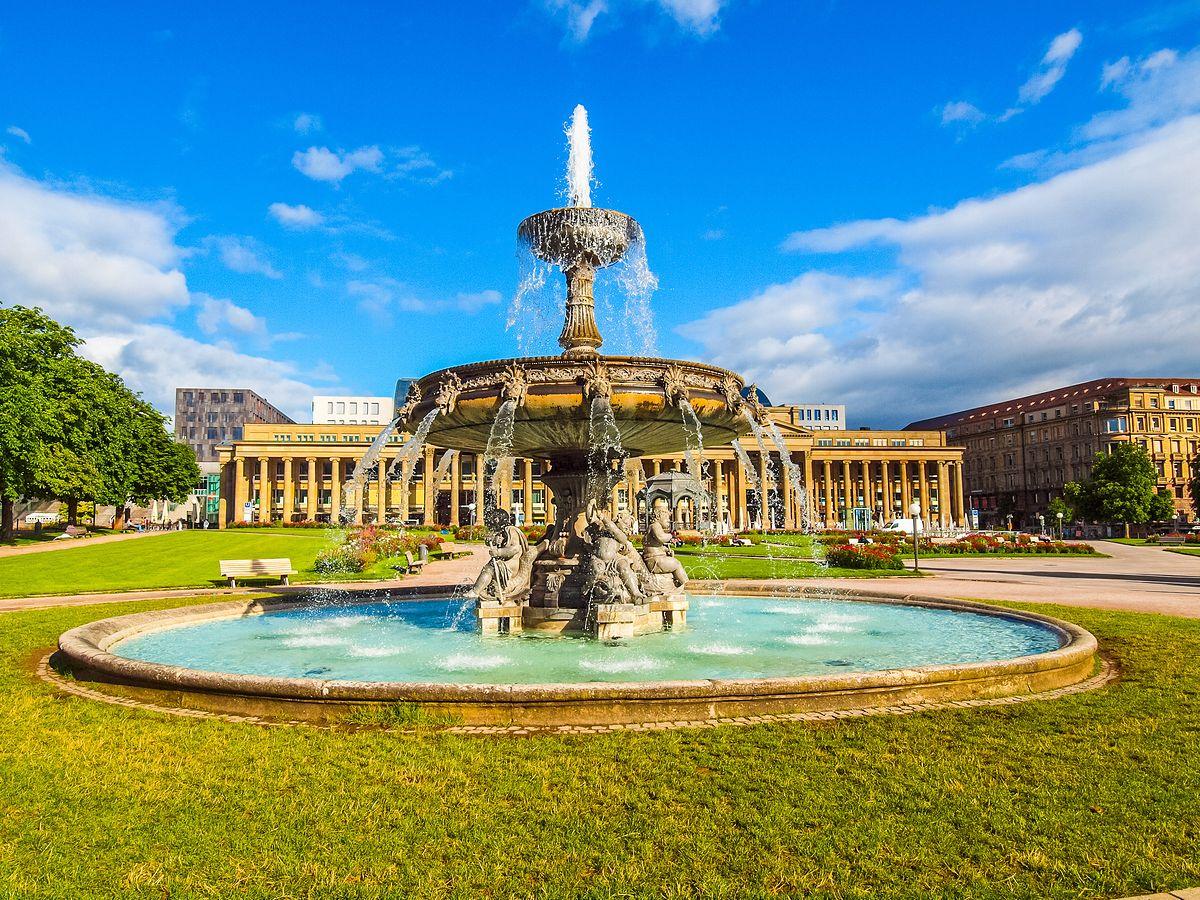 Magiczny Stuttgart. Miasto historii i przyszłości