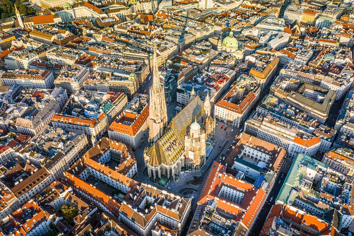 Widok z góry na Katedrę św. Szczepana w Wiedniu