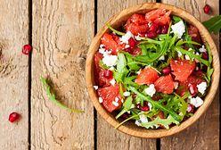 Sałatki dietetyczne. Fit przepisy na zdrowe sałatki i dietetyczny dressing do sałatki