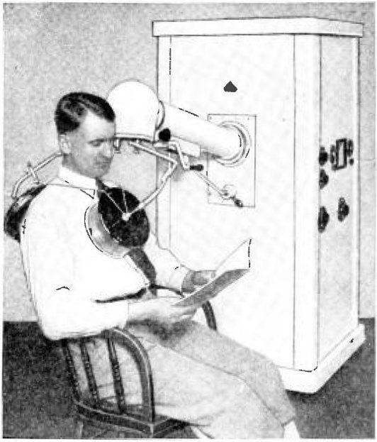 Maszyna do diatermii. 1933 r. (wikipedia)