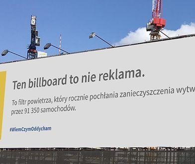 Billboard pochłania zanieczyszczenia