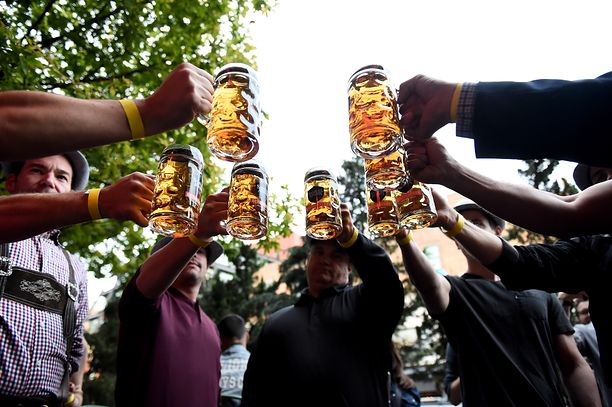 Oktoberfest nie w tym roku. Pandemia koronawirusa wstrzymała festiwal.