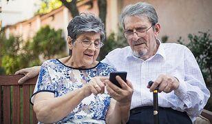 Osoby starsze do tej pory bardzo rzadko korzystały z bankowości elektronicznej. W czasie pandemii to się zmieniło.