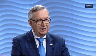 Wiceminister rodziny Stanisław Szwed wspiera pomysł rozszerzenia tzw. dodatku honorowego.
