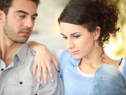 Finanse w związku – kto powinien trzymać kasę?