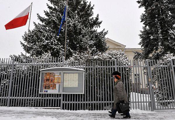 Alarm bombowy przy polskim konsulacie w Mińsku