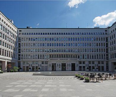 40 milionów na wynajęcie siedziby dla ministerstwa, które zlikwidowano