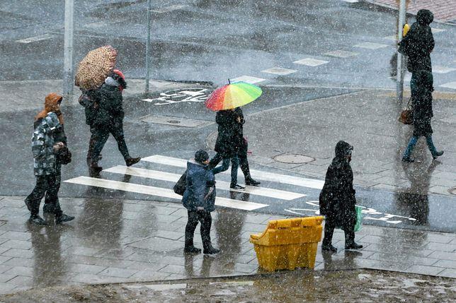 W Warszawie będzie padał deszcz ze śniegiem