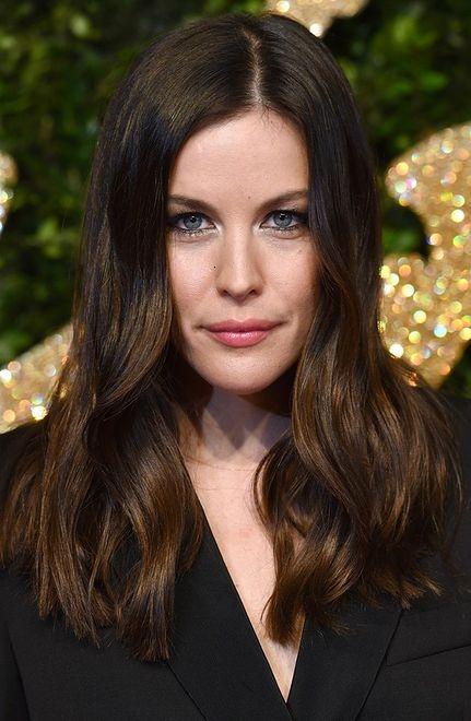 Najpiękniejsze makijaże i fryzury 2015 roku wprost z czerwonego dywanu