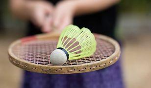 Jak grać w badmintona?