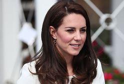 LOOK OF THE DAY: Kate Middleton w marynarskim stylu