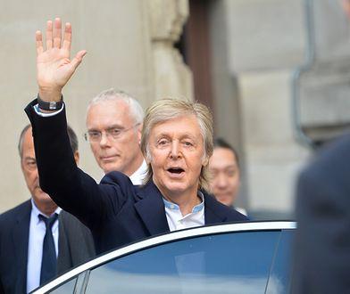 Paul McCartney w metrze. Słynny muzyk korzysta ze środków transportu publicznego