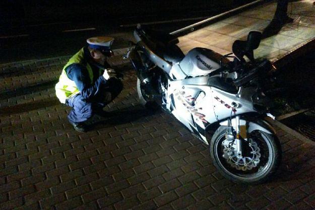 Trzy lata więzienia dla motocyklisty, który w Plewni potrącił śmiertelnie na pasach nastolatkę
