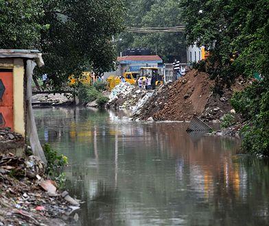 Indie. Podczas ulewy zawaliły się domy