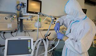 Koronawirus zaatakuje III falą. Słowa lekarza stawiają na baczność